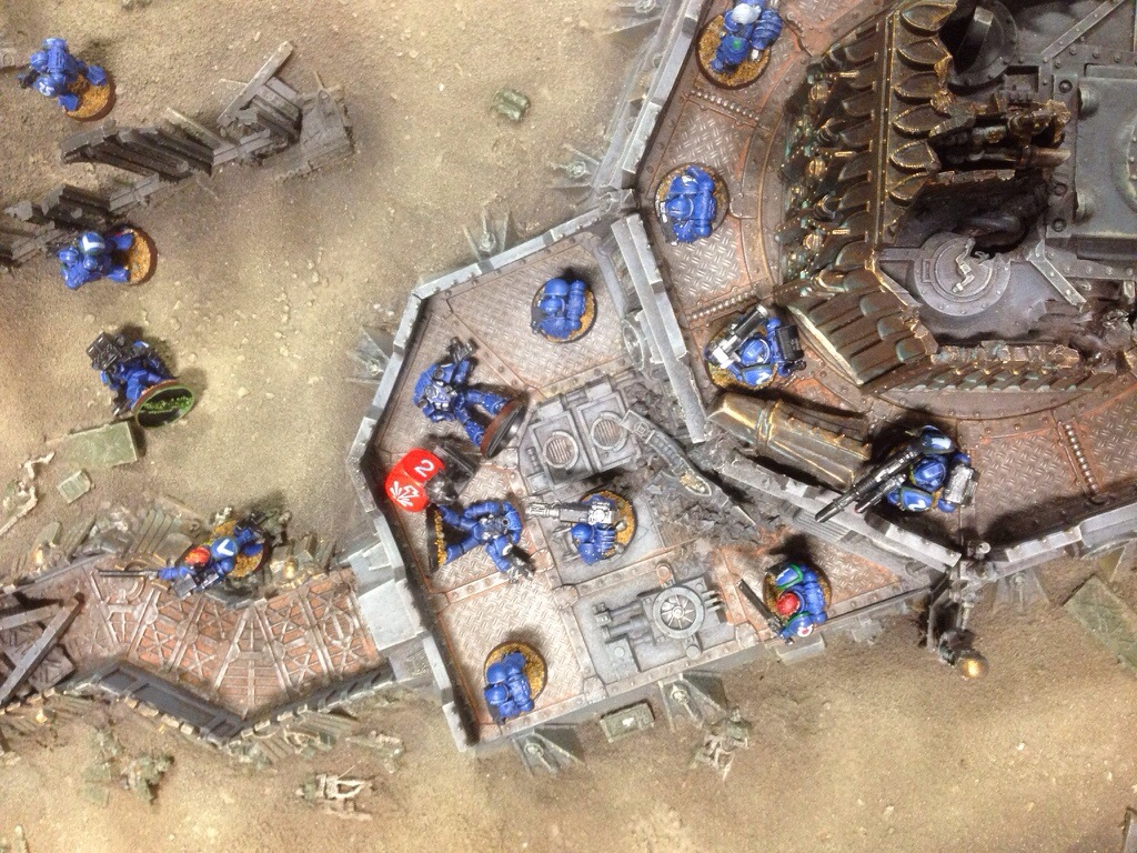 Other Grey Knight forces thin out the Ultramarine line